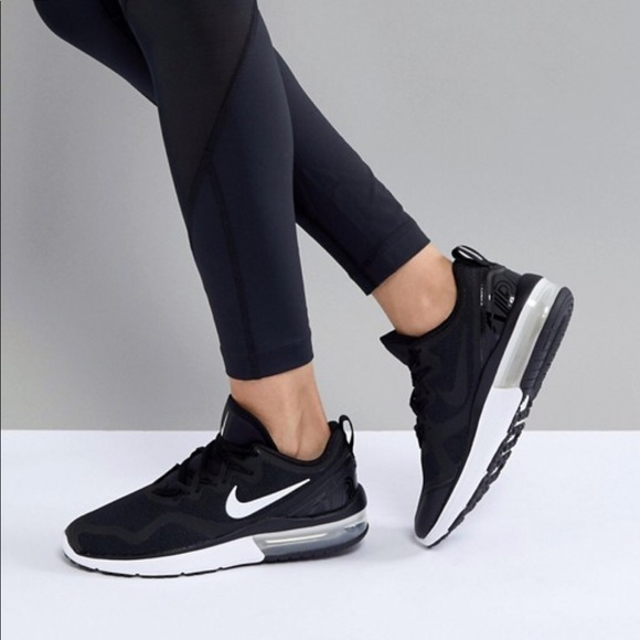 9951dda4712d NWT Nike Air Max Fury Black WMNS